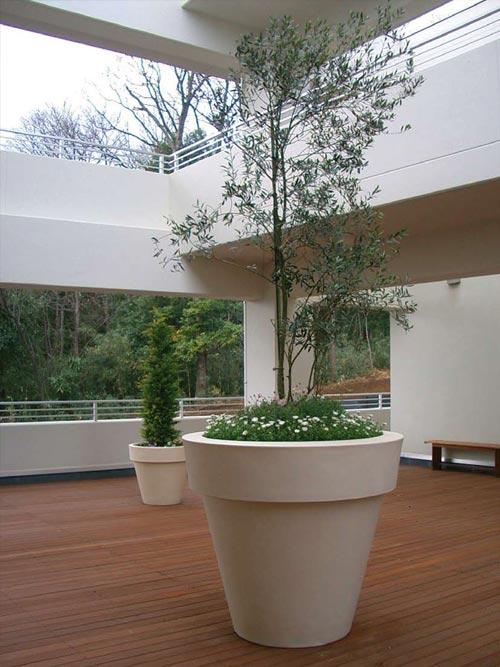 Vasi illuminati per esterno prezzi vasi da esterno - Arredi per esterni design ...